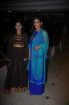 Raveena Tandon And Lalitya Munshaw