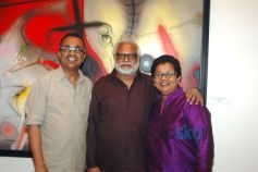 Sunil & Usha Gawde with Manu Parekh