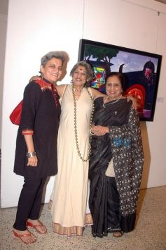 Brinda Miller, Dolly Thakore, Sarayu Doshi