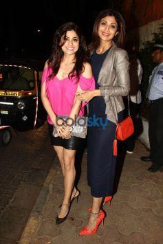 Shilpa & Shamita Shetty Was Clicked At The Olive Restaurant In Mumbai