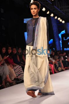 Lakme Fashion Week 2015 KRISHNA MEHTA-DAY 01-SHOW 05