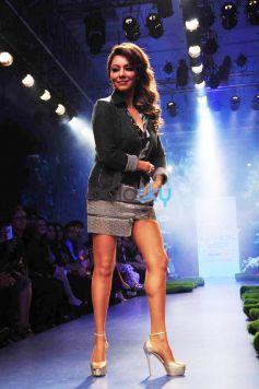 Lakme Fashion Week 2015  SATYA PAUL BY GAURI KHAN- Day 03- Show 8