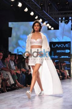 Lakme Fashion Week 2015 DHL Presents NISHKA LULLA -DAY 04-SHOW 05