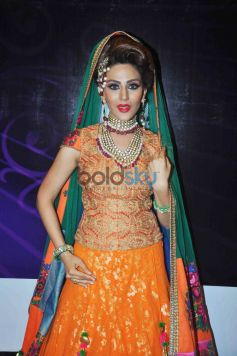 Bridal Hair And Makeup Trends For 2015 By Bharat And Dorris