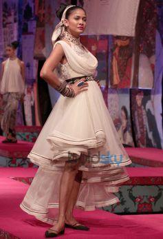 Designer Corner - Tarun Tahiliani