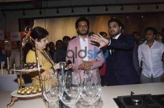 Raj Thackeray And Ritesh Deshmukh Launch Globus Procon Showroom