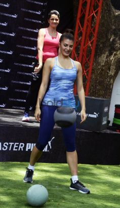 Jacqueline Fernandez Launches Puma Pulse XT Training Shoes