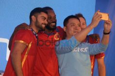 RCB Players During The Launch Of Huawei Honor Mobile Phones