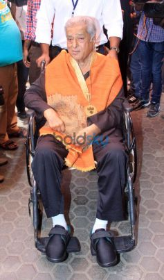 Shashi Kapoor Honoured With Dadasaheb Phalke Award