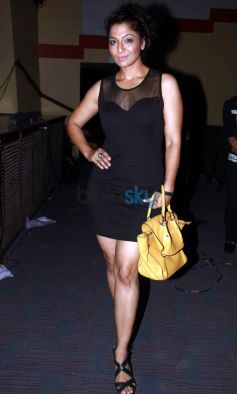 Daisy Shah And Zarine Khan At Rahul Saxena's Dance Show