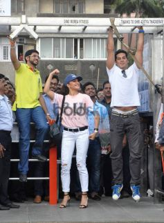 Dino, Jacqueline, Aditya Launch DM Open Gymnasium