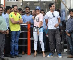 Dino, Jacqueline, Aditya Launch DM Open Gymnasium