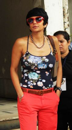 Mandira Bedi Flags Off Women Safety Rally