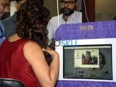 Raveena Tandon Re-Launches PN Gadgil's Website