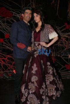 Designer Manish Malhotra's Show, Aishwarya Rai Walked The Ramp