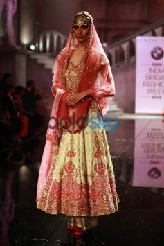 Designer Suneet Varma Show At IBFW 2015