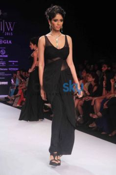 IIJW 2015 Aum Monica Kapur Presented By BVC Logistics Pvt Ltd