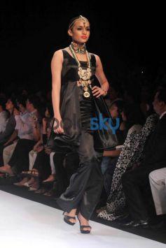IIJW 2015 IIGJ Mumbai Presented By Emerald