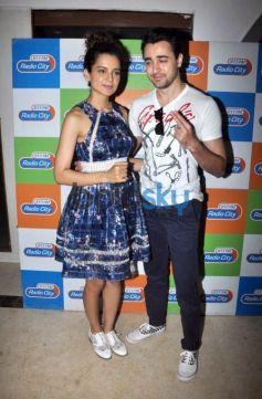 Imran And Kangna Promote Katti Batti On Radiocity