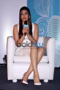 Kriti Sanon At Gillette Venus Event