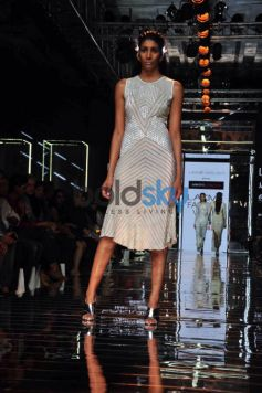 LFW Day 3 - Shraddha Kapoor Walks For Namrata Joshipura