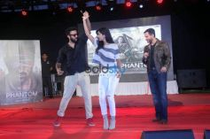 Saif And Katrina Promote 'Phantom' At Umang Festival
