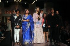 Sonam Kapoor At IIJW 2015 Grand Finale