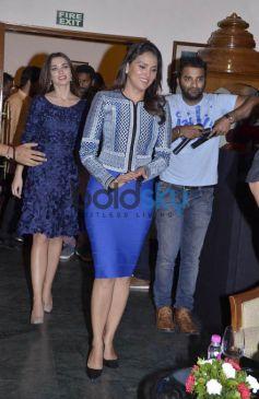 Akshay Kumar, Lara Dutta & Amy Jackson At Promotion Of Singh is Bling