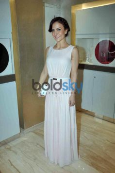 Elli Avram At Zoya Fashion Preview