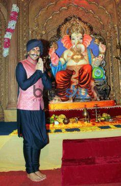 Ranveer Singh Promotes 'Bajirao Mastani' Song On Sets Of Udaan