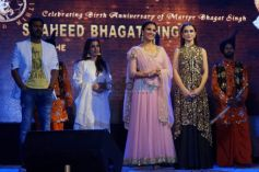 'Singh Is Bling' Cast Paid Homage To Bhagat Singh