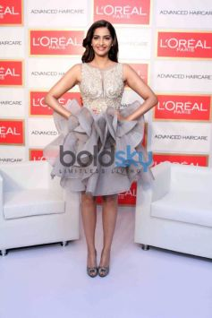 Sonam Kapoor At Loreal Paris Event