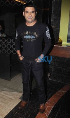 Special Screening Of 'Kis Kisko Pyaar Karoon'