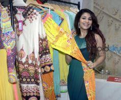 Tanisha Mukherjee & Ira Dubey At 'The Dressing Room' Fashion Preview
