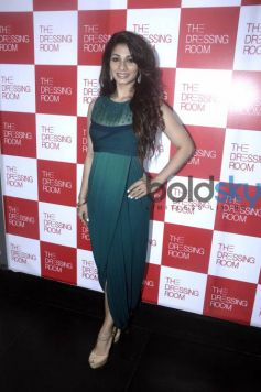 Tanisha Mukherjee & Ira Dubey At 'The Dressing Room' Fashion Preview