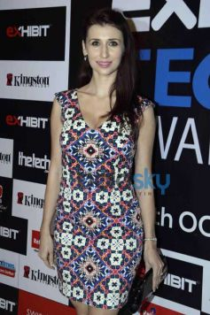 Sophie Choudry, Elli Avram And Others At 'Exhibit 2015'