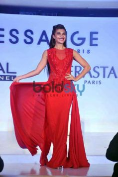 Jacqueline Fernandez At Loreal-Dessange Event