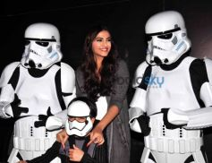 Sonam Kapoor Snapped Taking Selfies With The Storm Troopers From Star Wars