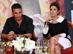 Akshay Kumar And Nimrat Kaur At Press Meet To Promote Airlift