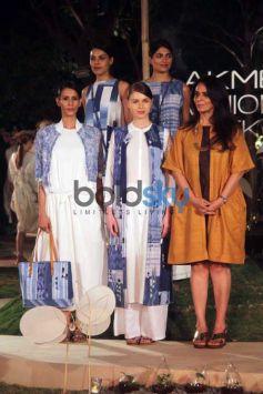 Sidharth Malhotra And Kajol At Lakme Fashion Week Curtain Raiser Event