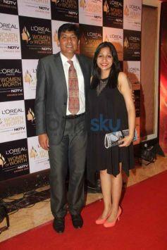 Aishwarya, Sonam And Katrina Beautified The Loreal Paris Women Of Worth Awards