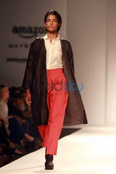 Designer Love Birds Collection At AIFW 2016