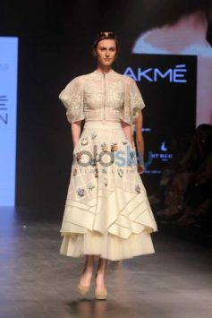 Show Design By Sahil Kochaar At LFW Day 1