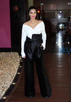 Sonam Kapoor Unveils Her Cannes Look By Loreal