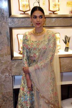 Aditi Rao Hydari Inaugarate P C Chandra Jewellers