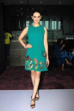 Evelyn Sharma And Anita Dongre At LFW Model Auditions