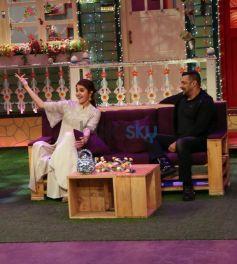 Salman Khan And Anushka Sharma On The Sets Of The Kapil Sharma Show