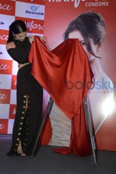 Sunny Leone Launches Manforce Special Calendar