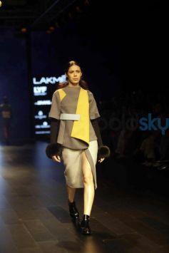 Kanika Goyal Show At Lakme Fashion Week Winter Festive 2016