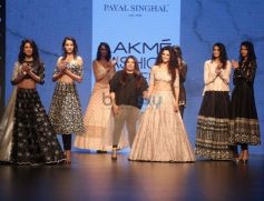 Payal Singhal Show At Lakme Fashion Week Winter Festive 2016